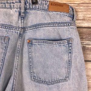 H&M MOM jeans high rise light wash pants & Denim
